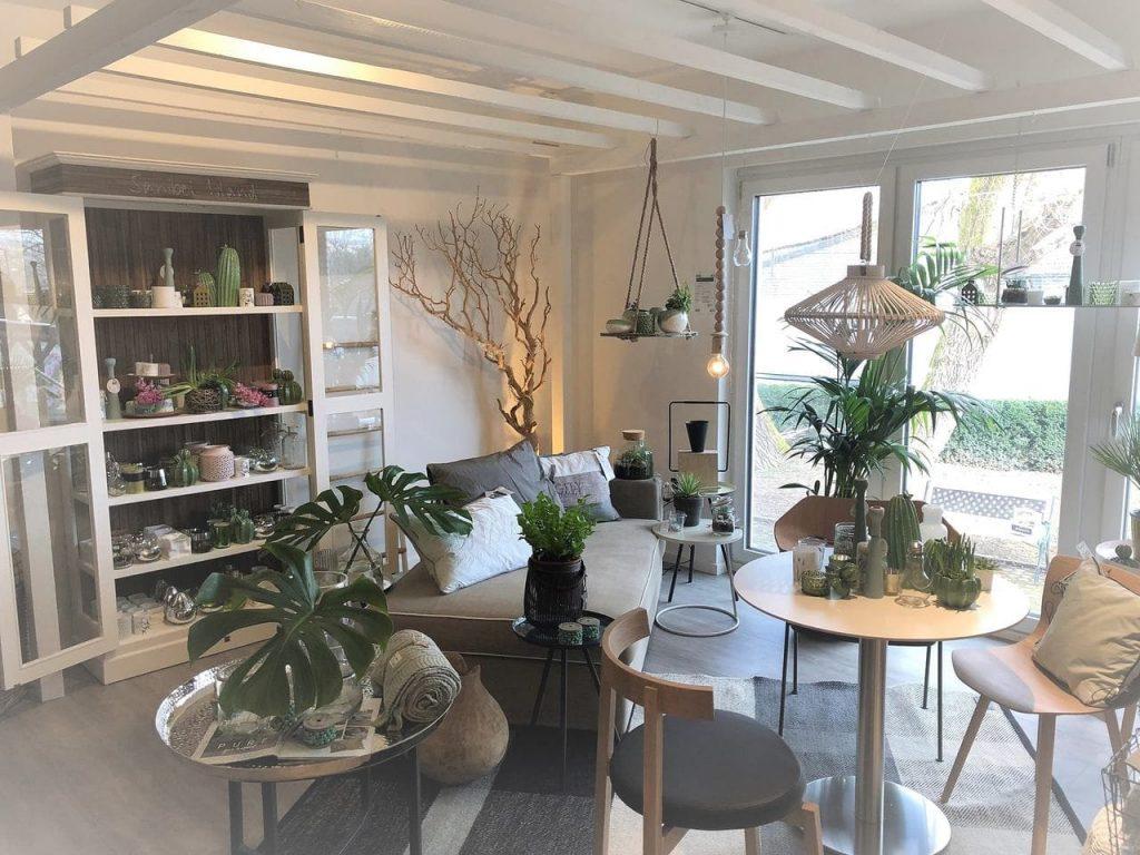 HOLZ & MEHR_Impressionen_Shop_innen2_klein